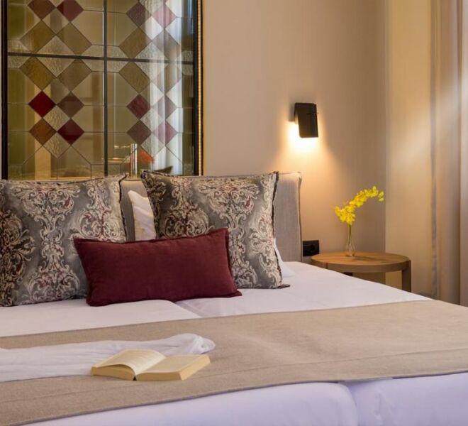 contessa boutique hotel bed