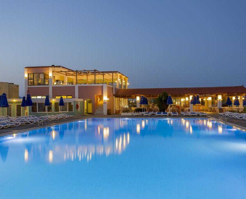 dessole dolphin bay swimming pool general
