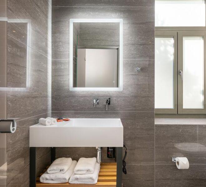 Epavli boutique hotel bathroom 2