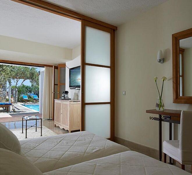 st nicholas bay suite