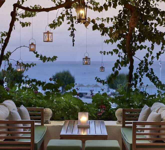 creta maris hotel spa resort outside dinner