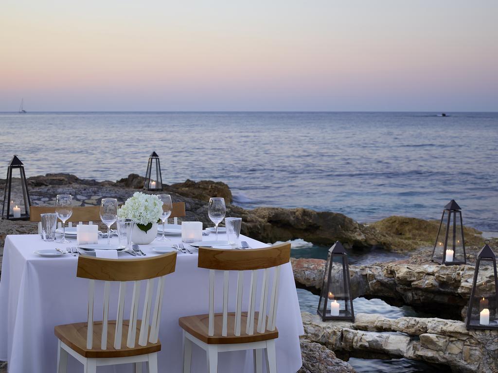 creta maris hotel resort spa restaurant sea side