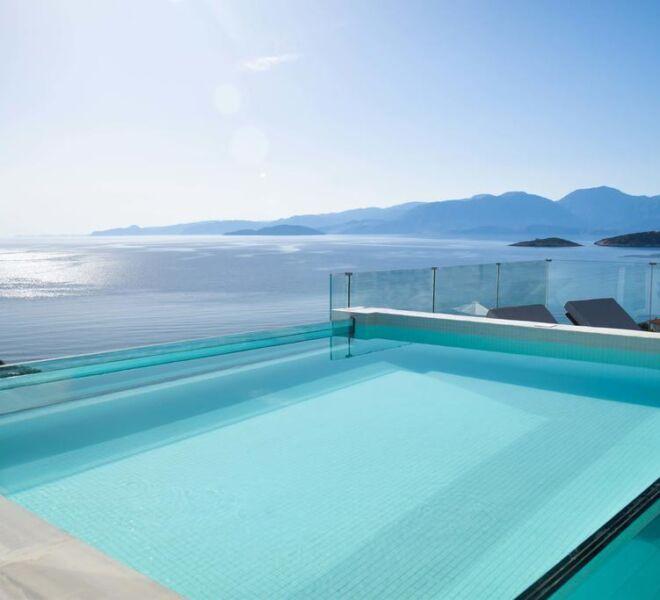 meliti hotel swimming pool sea view