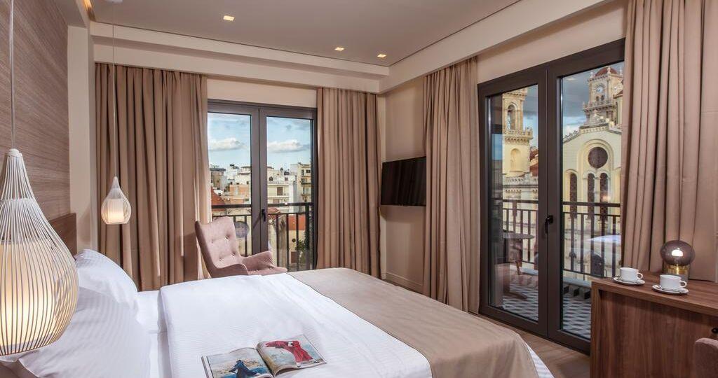 Metropole urban hotel room view