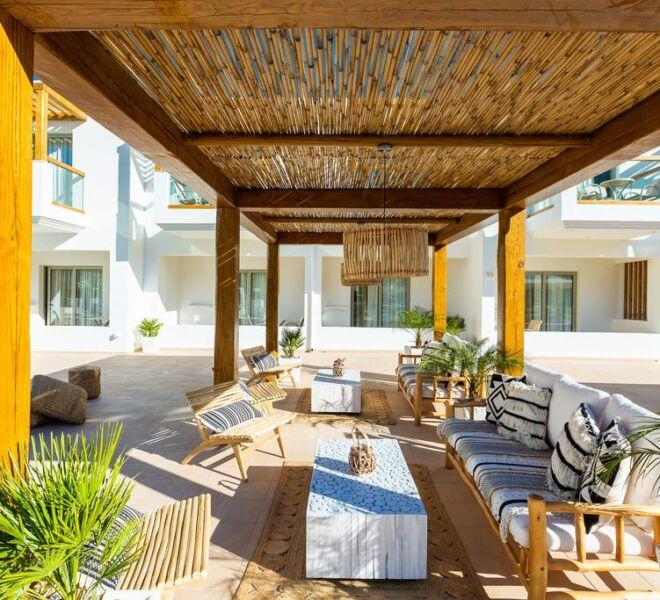 Nostos beach boutique hotel lounge